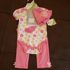 Baby gear outfit